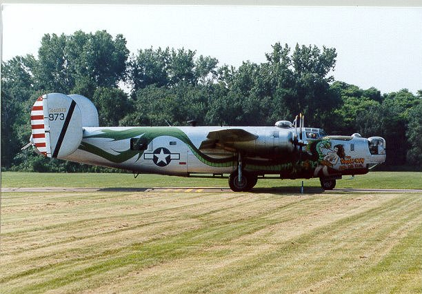 "Tail Of The Dragon Photos >> Consolidated B-24 ""The Dragon and His Tail"" / ""All American"""